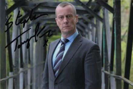 Stephen Tompkinson, DCI Banks, signed 6x4 inch photo.